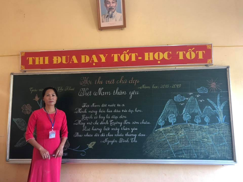 viet bang dep 7 - Ngưỡng mộ bài thi viết bảng đẹp của giáo viên trường Lâm Giang