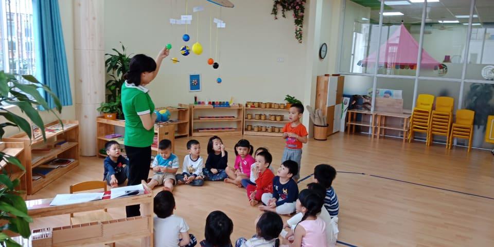 phuong phap montessori 1 - Dạy con tính tự lập, phát triển tư duy sớm bằng phương pháp Montessori